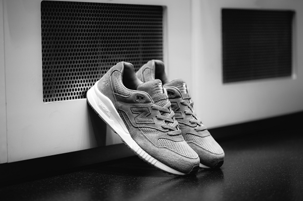 Коллаборация Reigning Champ x New Balance 530 'Gym Pack'