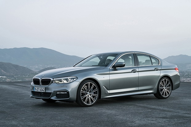BMW представила новое поколение 5-Series