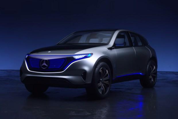 Mercedes презентовал в Париже суббренд Generation EQ