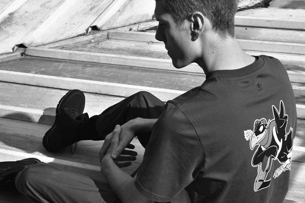 Футболки «Paix» из капсульной коллекции итальянского бренда «OAMC» борются с культурной и гендерной дискриминацией