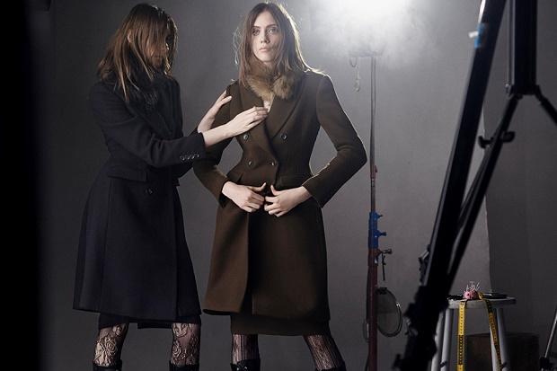 Uniqlo и Карин Ройтфельд объединились для создания утонченной женской коллекции осень/зима 2016
