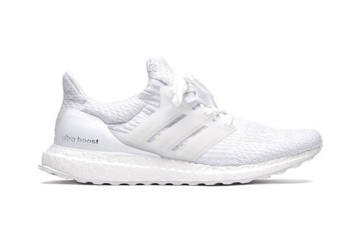 """Обновленная модель кроссовок adidas UltraBOOST 3.0 """"Triple White"""""""