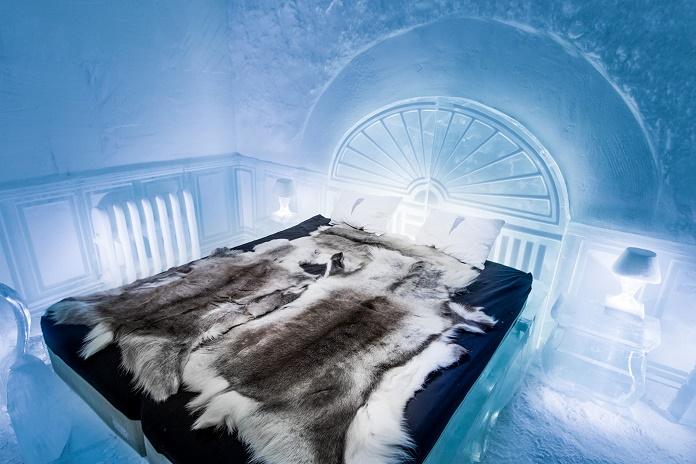 30 тысяч литров воды: в Швеции заработал круглогодичный ледяной отель