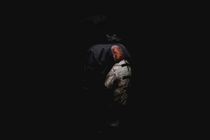 Канье Уэст и Рианна увековечены на куртках