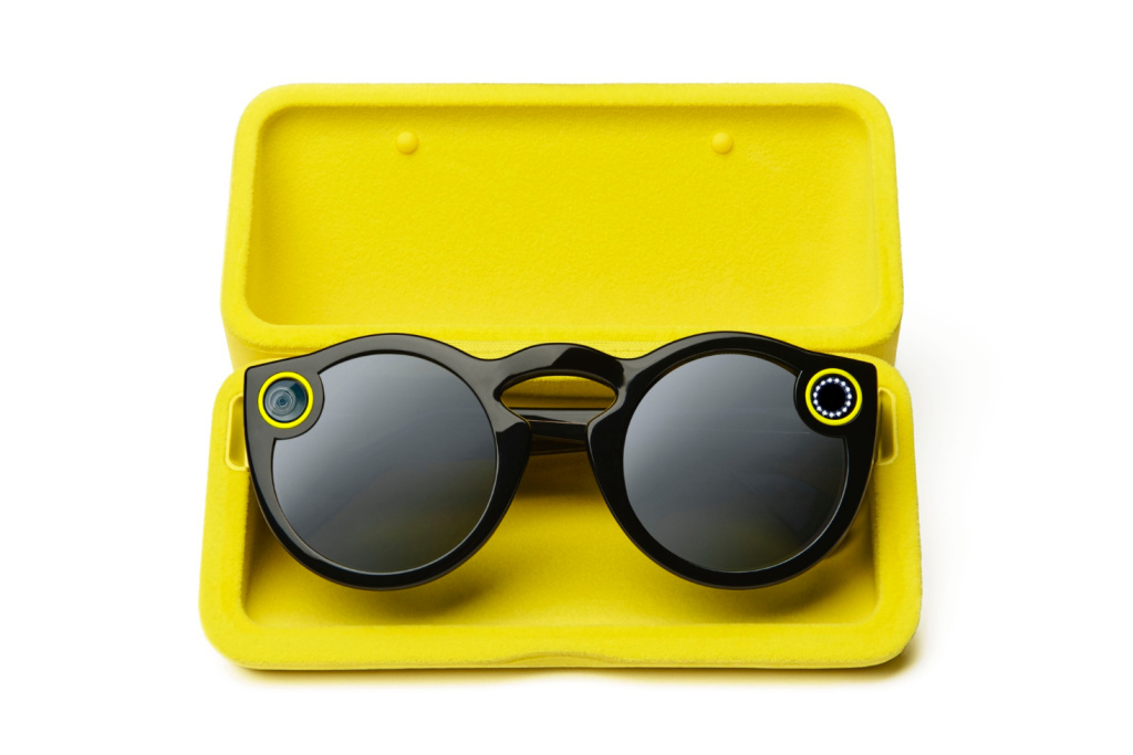 Snapchat выпускает очки Spectacles со встроенной камерой