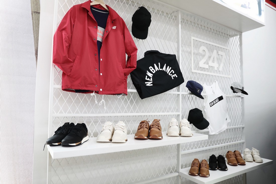 New Balance открыл в Шанхае pop-up shop специально для своих кроссовок 247