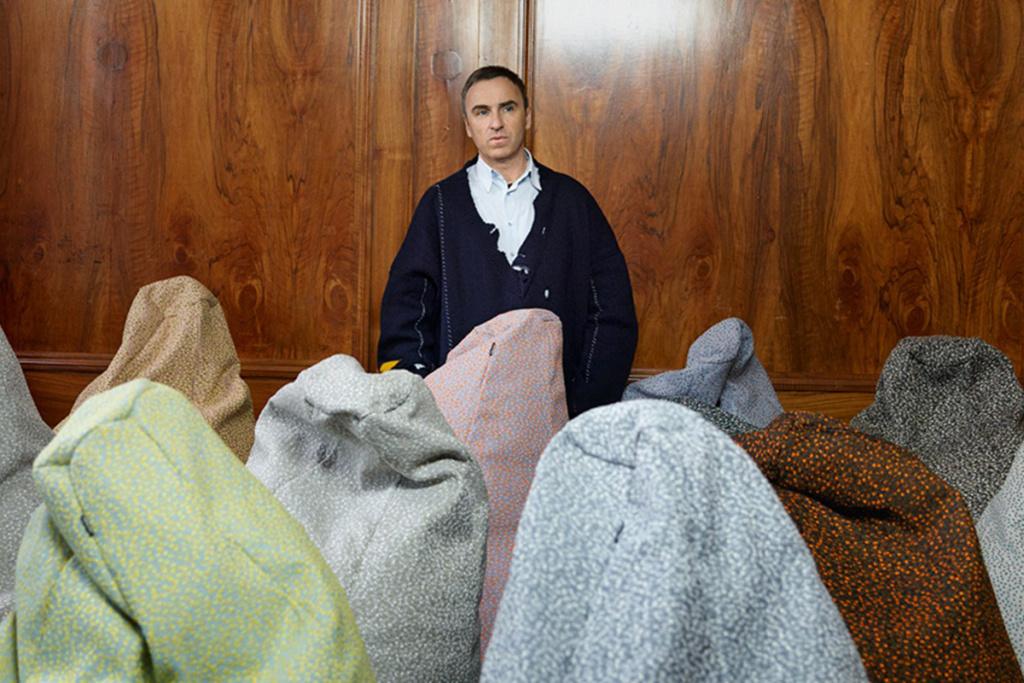 Бывший креативный директор Dior выступил за доступную моду