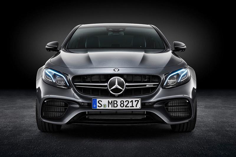 Daimler отзовет более 1 млн автомобилей Mercedes-Benz из-за риска возгорания
