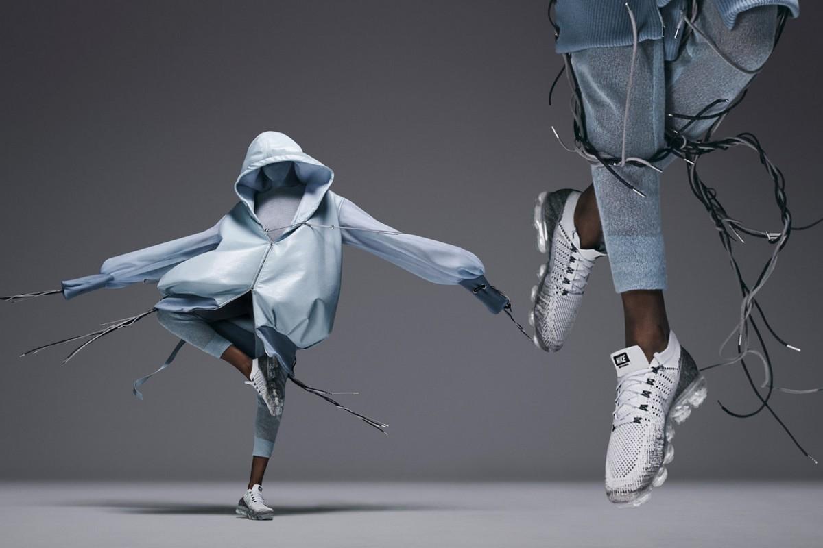 Nike попросили молодых дизайнеров создать образы по мотивам новой модели кроссовок