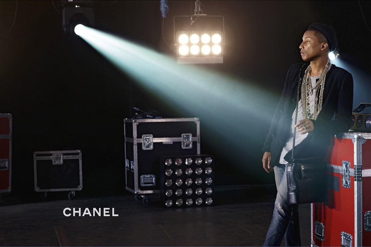 Фаррелл Уильямс снялся в рекламе сумок Chanel