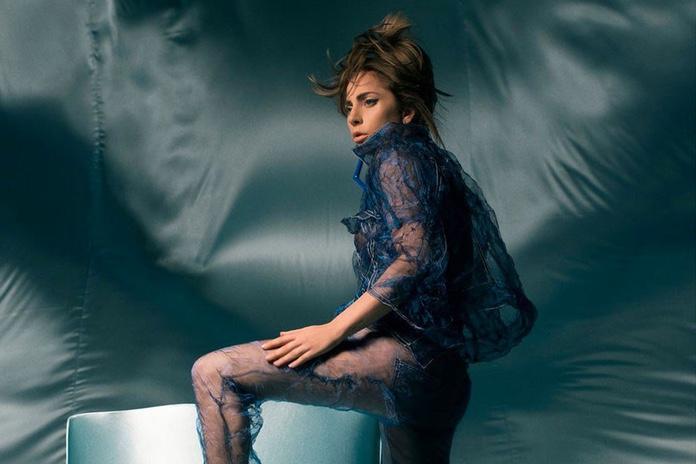 Леди Гага презентовала новую песню на фестивале Коачелла