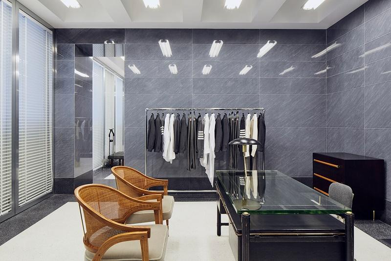 Том Браун открывает свой первый европейский автономный магазин в Милане
