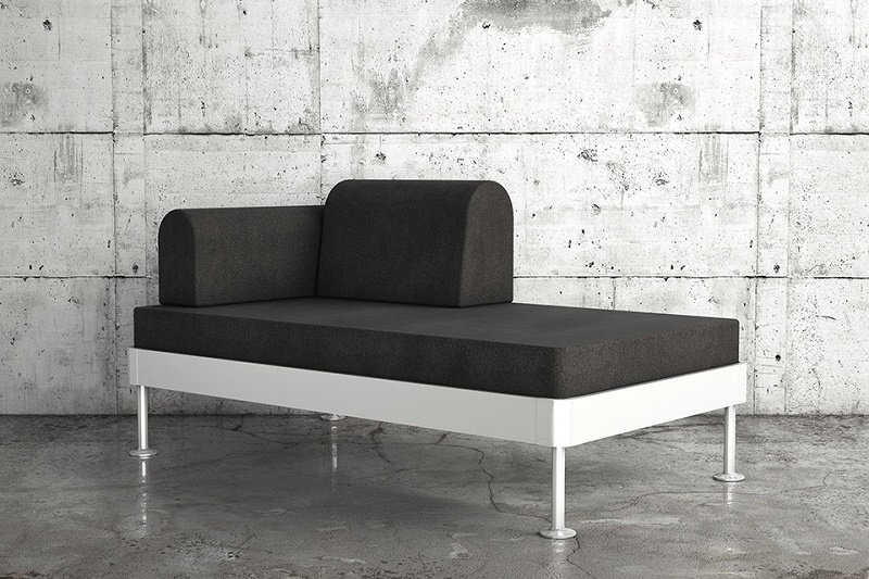 """Том Диксон создал для IKEA диван-кровать со """"взламываемой"""" алюминиевой рамой"""