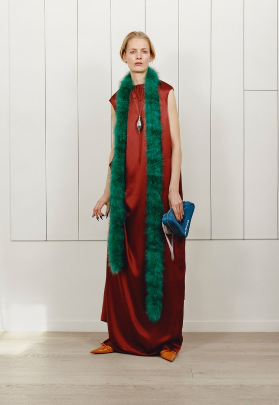 Предосенняя коллекция Balenciaga 2017