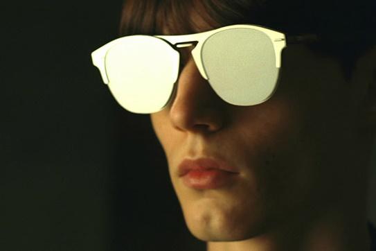 Dior Homme представлет новые солнцезащитные очки