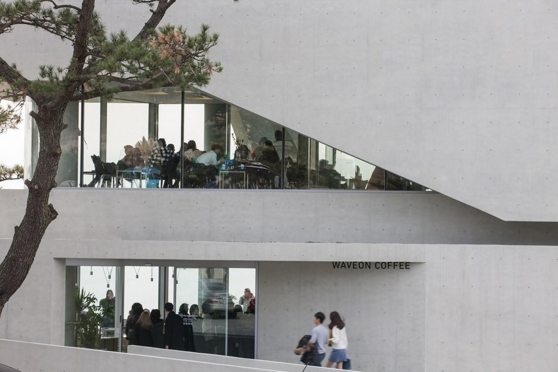 Кафе Waveon в Южной Корее