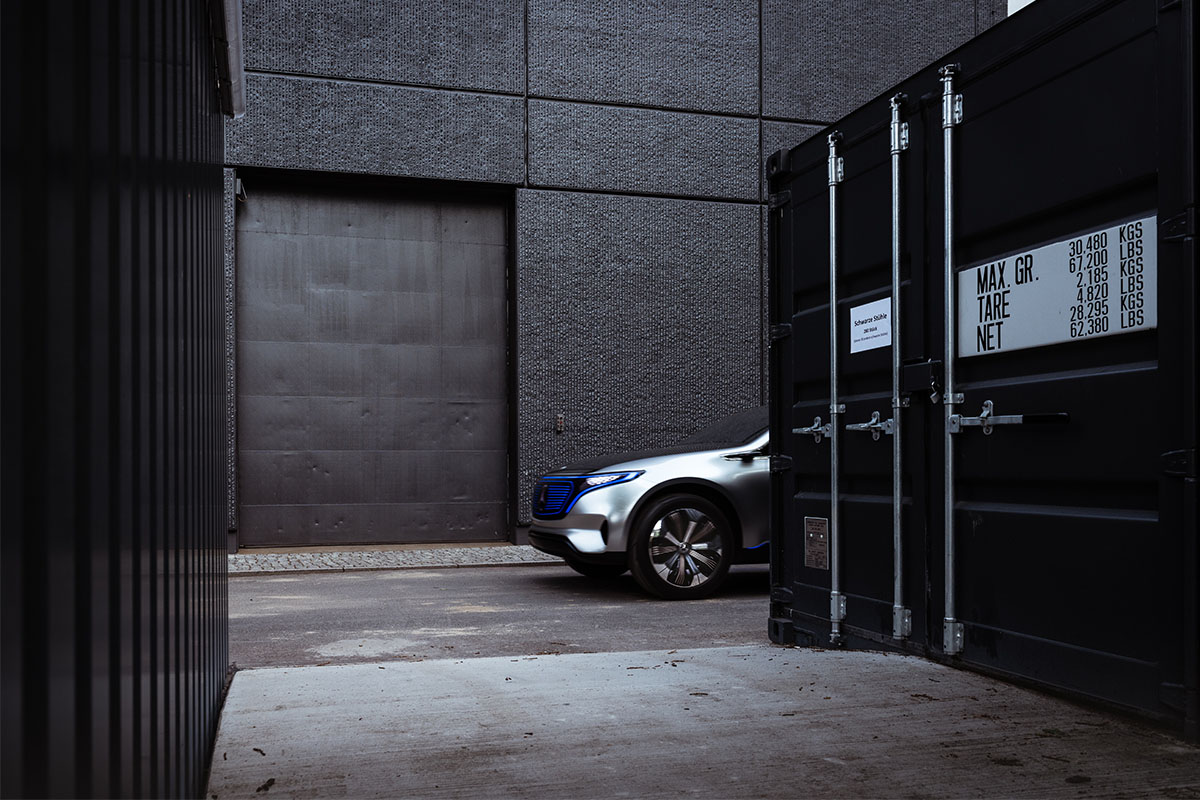 Британские журналисты протестировали электрический концепт Mercedes-Benz EQ SUV