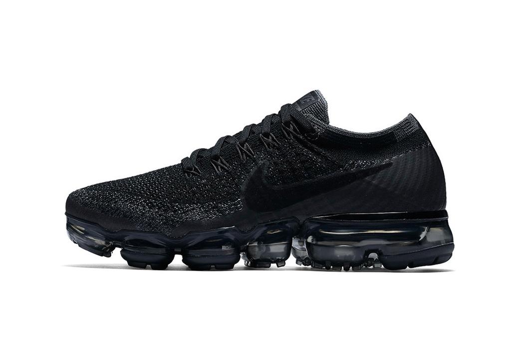 Nike запланировал возвращение модели Air VaporMax в цвете «Triple Black»