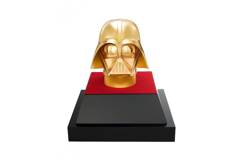 Маска Дарта Вейдера из золота стоимостью $1.4 миллиона