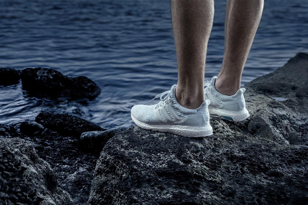 adidas и Parley представляют новую модель кроссовок UltraBOOST