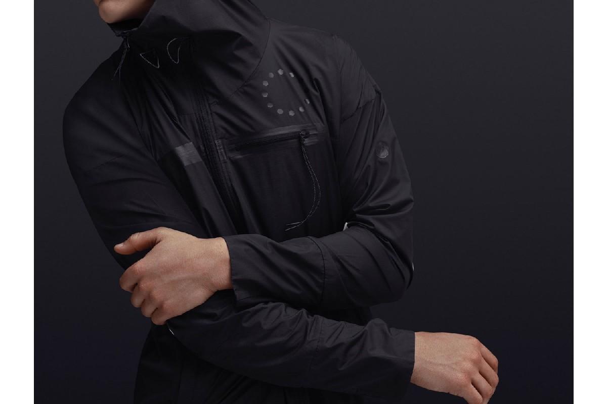ASICS представляет новую коллекцию одежды для активного отдыха в линейке JYUNI
