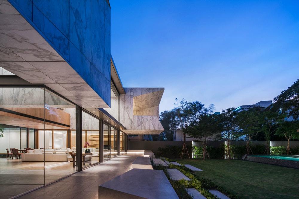 Openbox строят монолитный дом «Marble House»