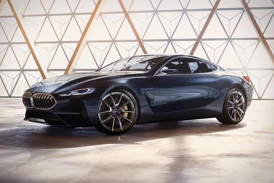 Роскошное купе BMW 8 Series представлено официально