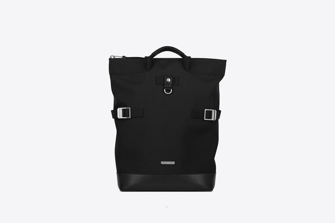 Saint Laurent представили несколько осенних сумок RIVINGTON